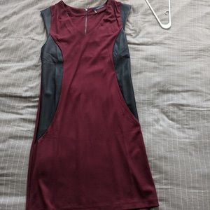 BURGUNDY TART DRESS WITH LEATHER PANEL DETAILS